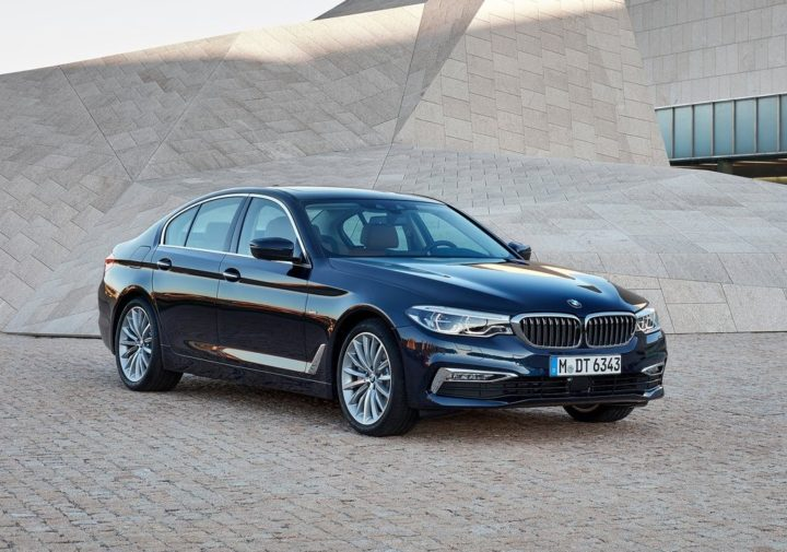 2017 bmw 5 series india launch specs price images design and more. Black Bedroom Furniture Sets. Home Design Ideas