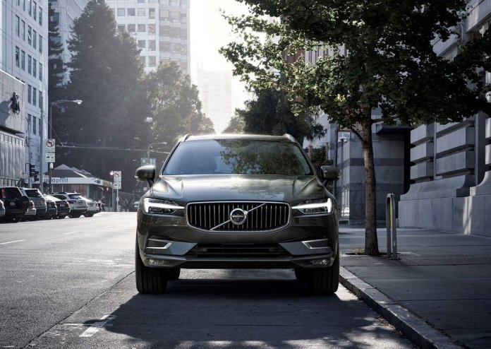 2018-volvo-xc60-official-images-front-1