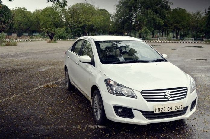 Maruti-Ciaz-Metallic-Pearl-Arctic-White-Front-Angle-Review