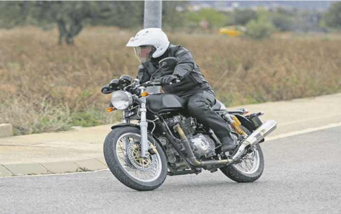 royal-enfield-750cc-bike-images-front-angle-action-photo