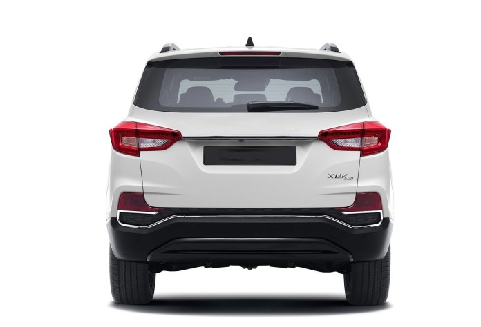 Mahindra Xuv Price Launch Date Specifications Mileage