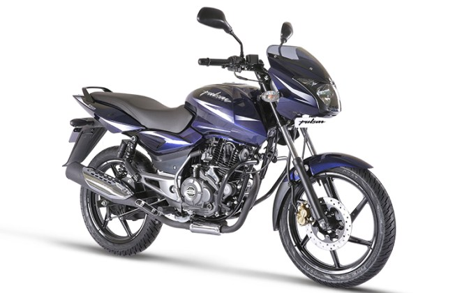 new-2017-bajaj-pulsar-150-official-image-front-angle-2