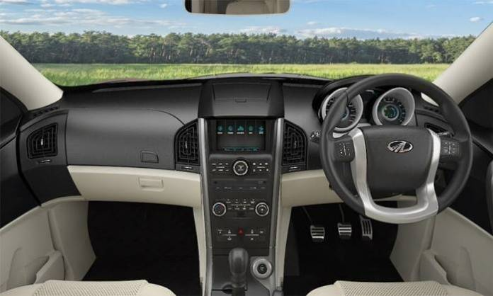 mahindra-xuv500-images-interior-dashboard-official